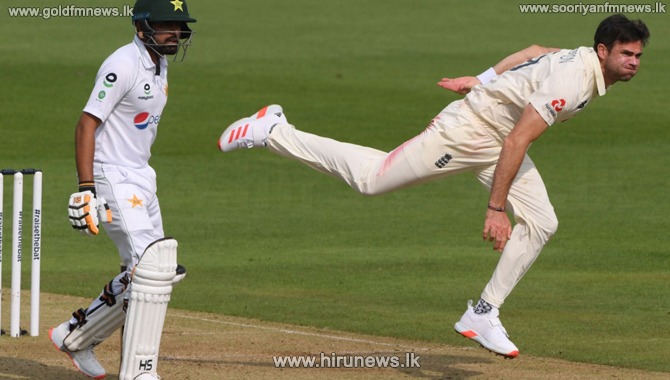 Pakistan 126/5 at close of play in the second test against England