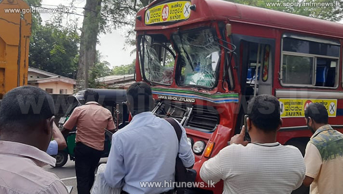 SLTB bus collides with a tipper in Vavuniya