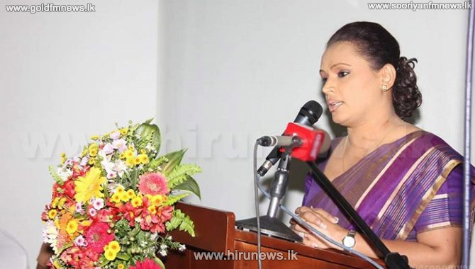 Nine+MPs+including+Diana+Gamage+request+Speaker+to+assign+them+seats+with+the+ruling+party