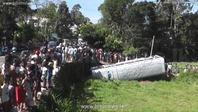 12 injured in bus accident on Badulla-Colombo road (Video)