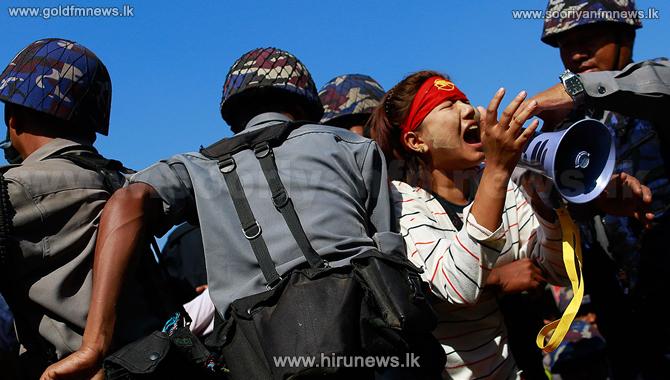 மியன்மாரில் ஆர்ப்பாட்டத்தில் ஈடுபட்ட 700 பேர் இராணுவத்தினரால் கொலை