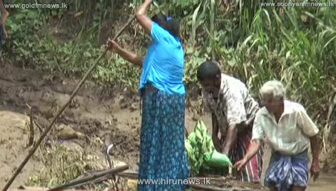 Villagers fighting between life & death without a bridge (Video)