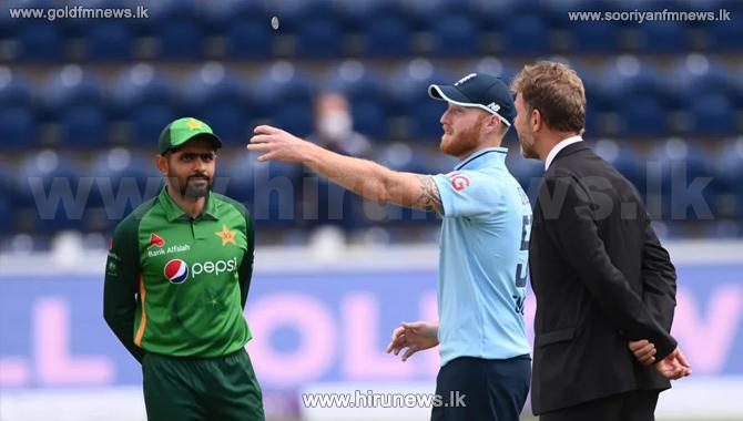 பாகிஸ்தான் அணி 141 ஓட்டங்கள்