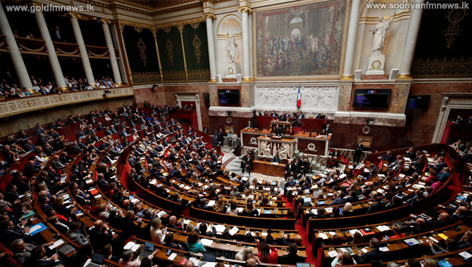 French parliament adopts COVID-19 vaccine passports law