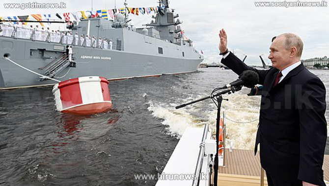 Russian navy can carry out 'unpreventable' strike - Vladimir Putin (Photos)
