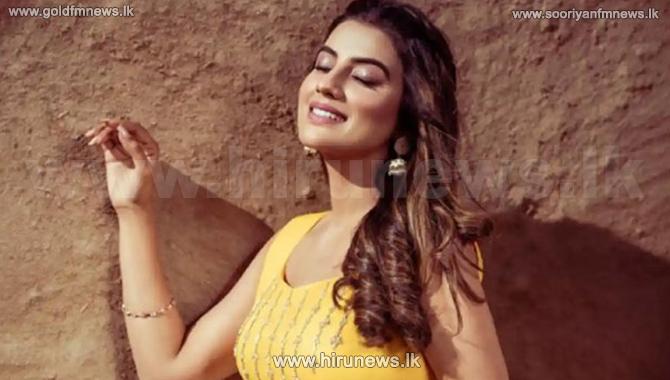 நடிகை அக்ஷரா சிங் மீது காதலன் கொலை முயற்சி