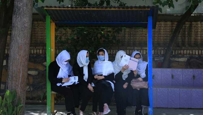 'Afghan girls school ban would be un-Islamic' - Pakistan