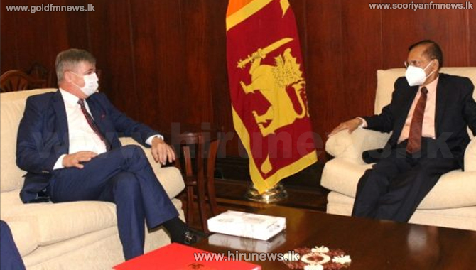 Czech Ambassador pays a farewell call on Foreign Minister Peiris